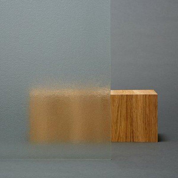 画像1: 3M 型板・すりガラス用フィルム 透明 幅1180mm×長さ20mロール箱売 窓ガラスフィルム 建物フィルム #3M DC000 46.5 Roll# (1)